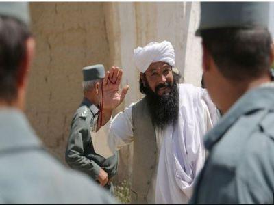 سهېل شاهین وایي، د افغان حکومت د بندیانو له تخنیکي ټیم سره د طالب بندیانو د خلاصون په اړه ګډ وېډيويي کنفرانس لري
