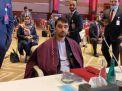 د باتور دوستم خواخوږي: ترکیه کې يې زده کړې او ژوند کړی؛ افغان کلتور سره سم نه دی بلد؛ نو ځکه يې خبرې ګډوډې کيږي