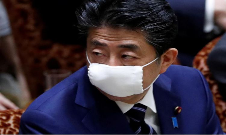 جاپان د شپږ مياشتنې ګرځبنديز لپاره يو ترېلېون ډالر ځانګړي کړي ترڅو وګړي يې مالي ستونزو سره مخ نه شي
